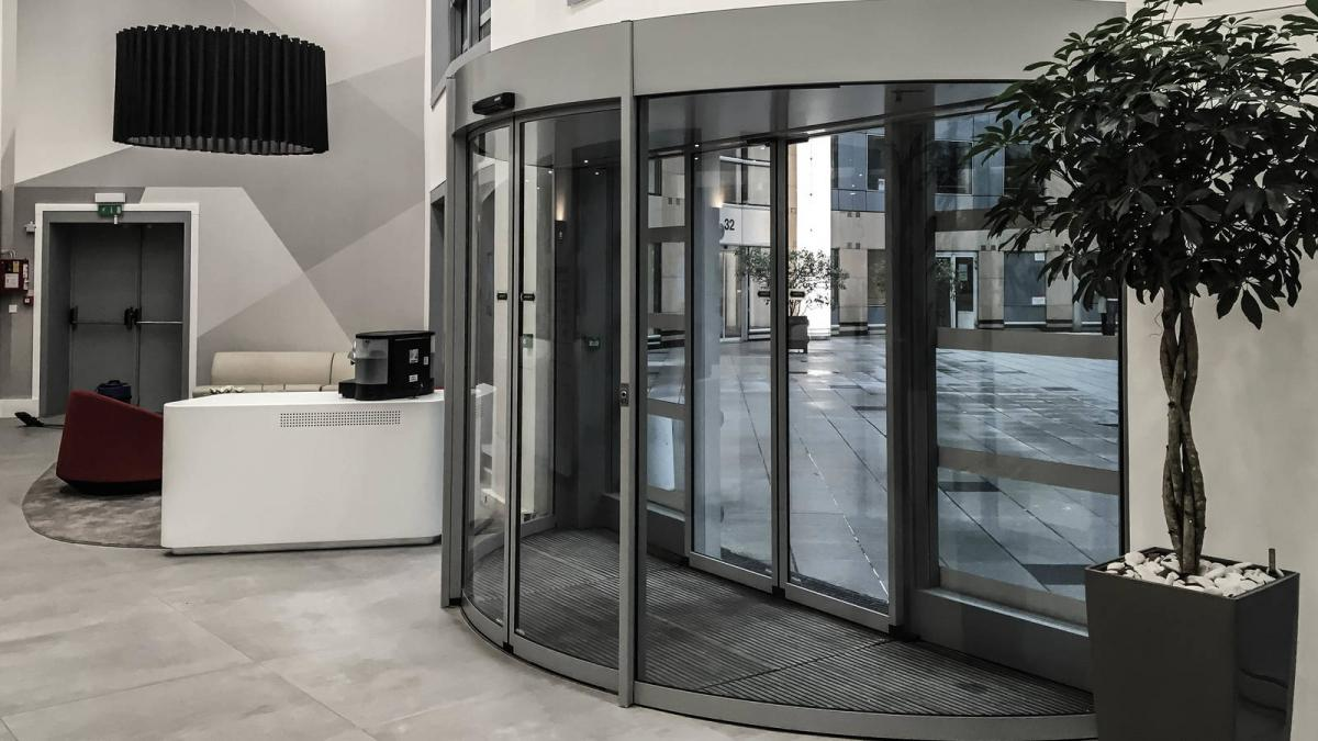 180° Curved Model Sliding Door