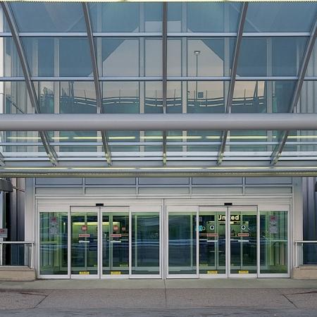Pintu Otomatis Airport