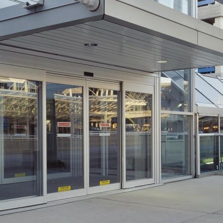 Pintu Otomatis Rumah Sakit